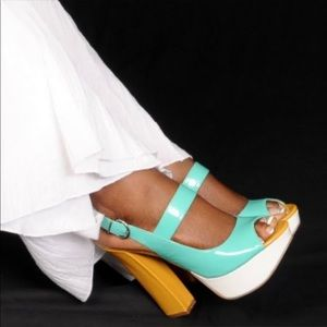 Chinese laundry block 5 inch heels